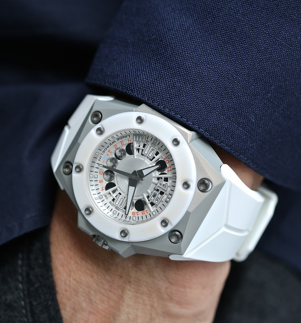 Linde Werdelin watches for mens