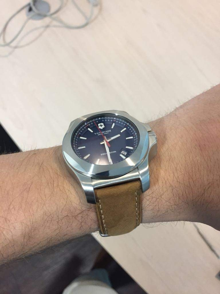 amazon Victorinox army watches review
